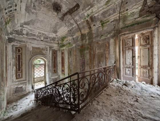 Disenchanted Residence